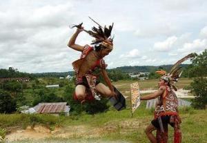 Mengenal Suku Dayak