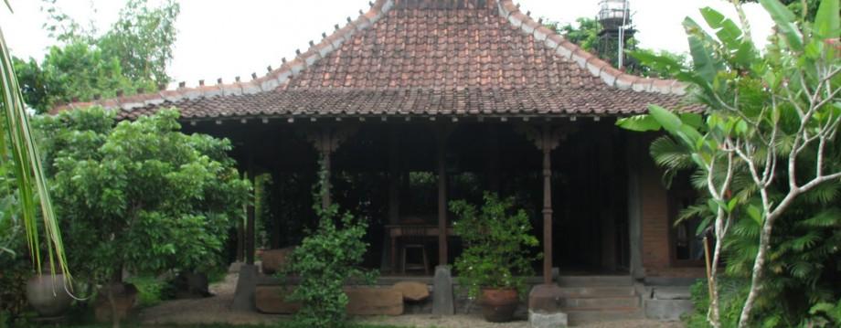 kampus wong alus museum budaya mistik nusantara